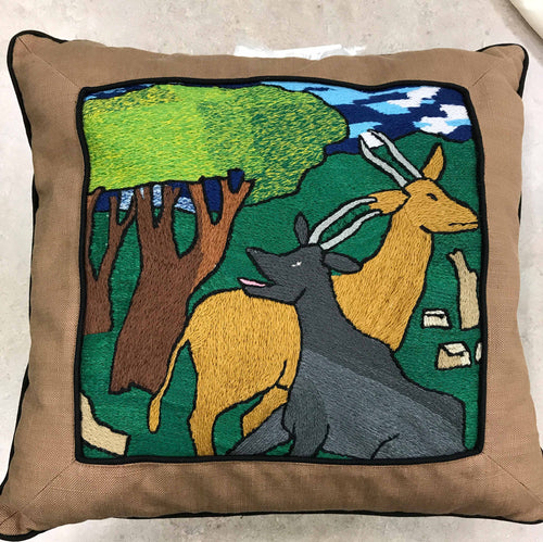 Pillow, 2 antelope and tree