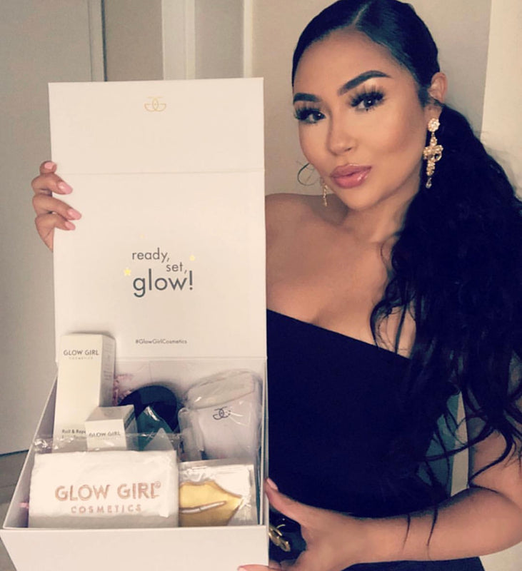 Glow Girl Roll & Repair Face kit