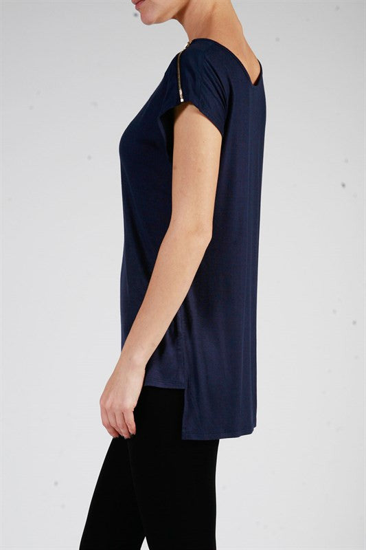 Shoulder Zip Hi-Low Top