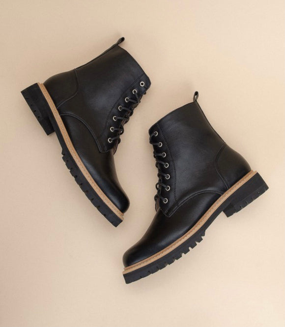 Drew Lace Up Boot