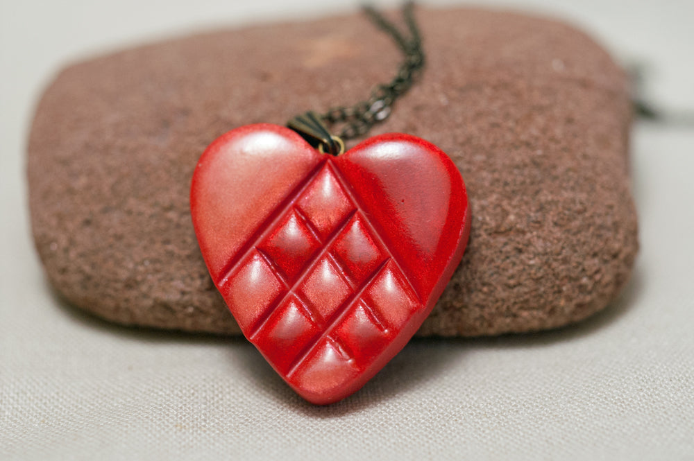 Swedish Paper Heart Inspired Pendant Red and White