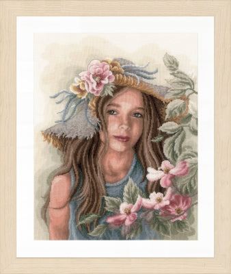 Little Girl With Hat ~  Lanarte