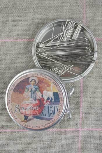 "Metal Tins with Dressmaker's Pins No. 12 - 7/8"" ~ SAJOU"