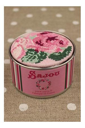 Sajou Cross Stitch Kit - Rose Pattern - Box to Embroider ~ Needlework Projects ~ SAJOU