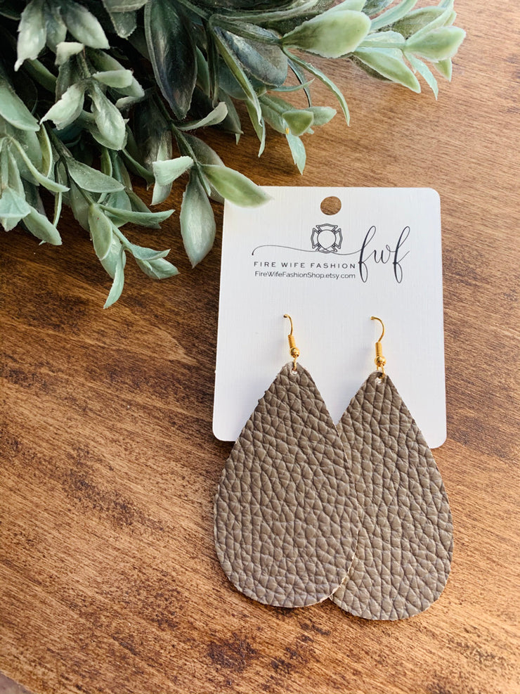 Mocha Pebble Teardrop | FireWife Fashion
