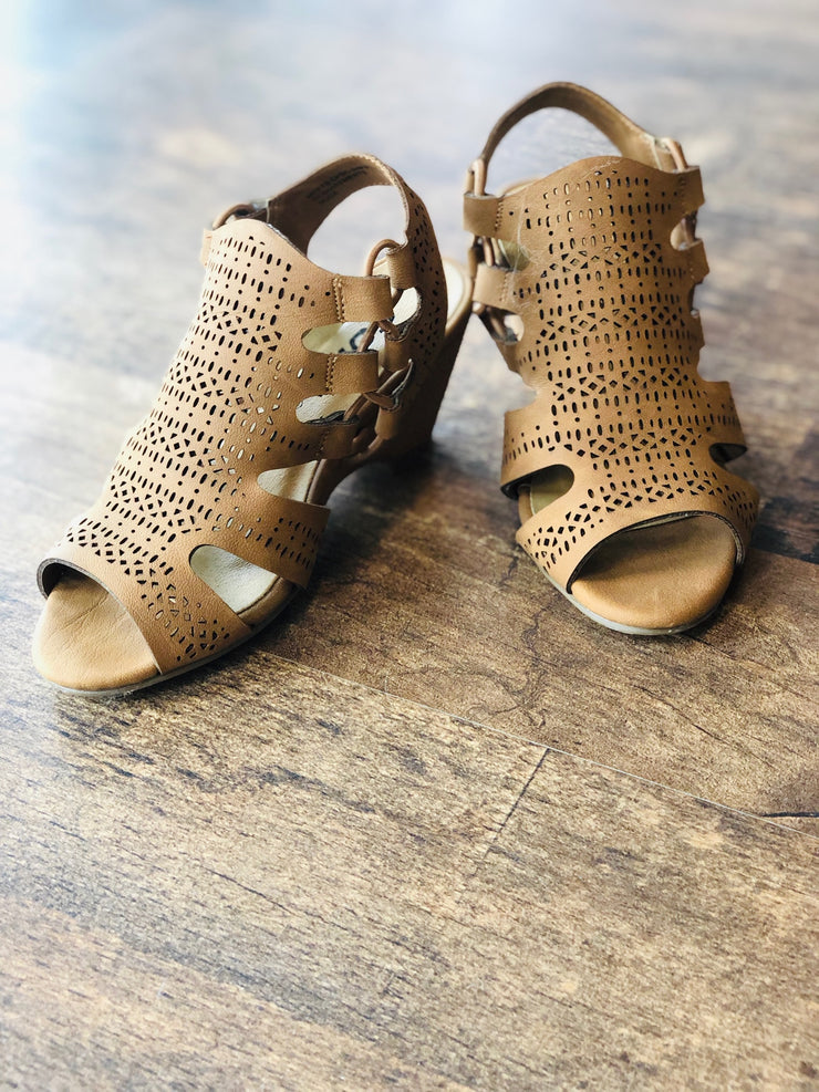 Willow Wedge (Tween), Little Roots, [product vendor], Southern Roots Omaha - Southern Roots Omaha - Boutique Clothing - Online Shopping