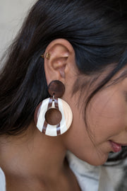 Open Circle Wood Stripe Print Earrings
