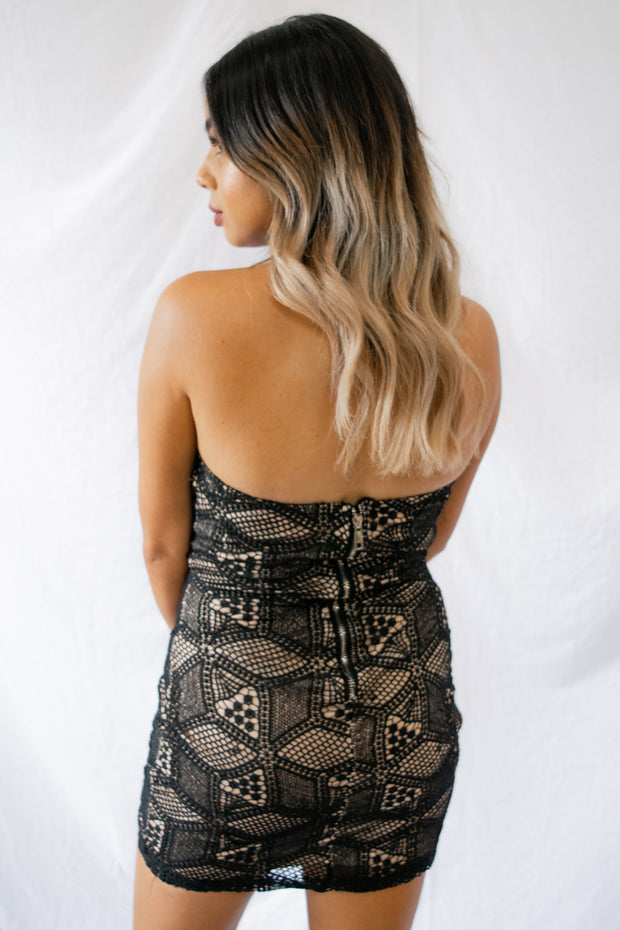 Star On The Rise Dress Black