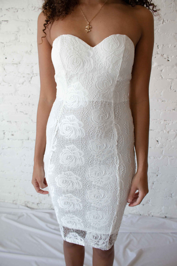 Eyes On You Lace Dress White