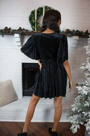 Pleat The Way Velvet Dress Black