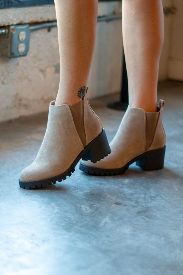 Make it Stomp Booties Taupe