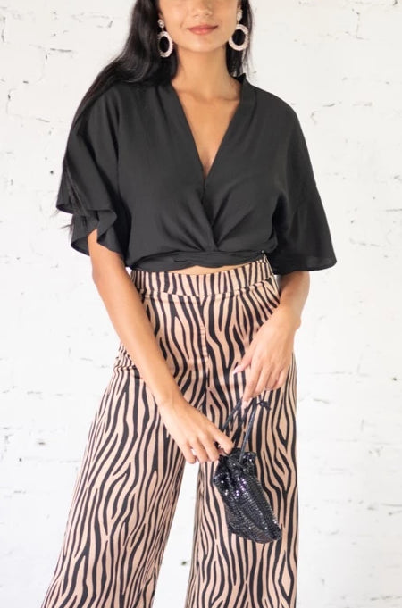 A Flutter Away Top Black
