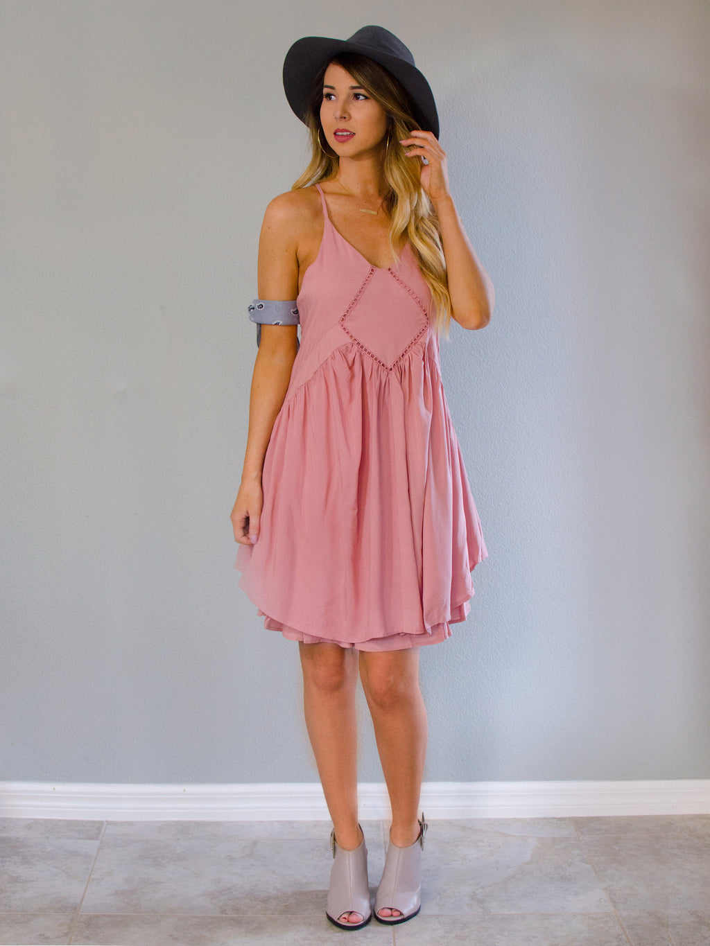 Woodstock Dress Blush - Shellsea