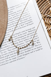 Dainty Metallic Seashell Necklace