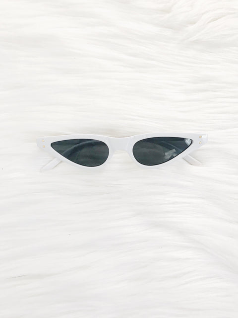 Vintage Take Sunnies White - Shellsea