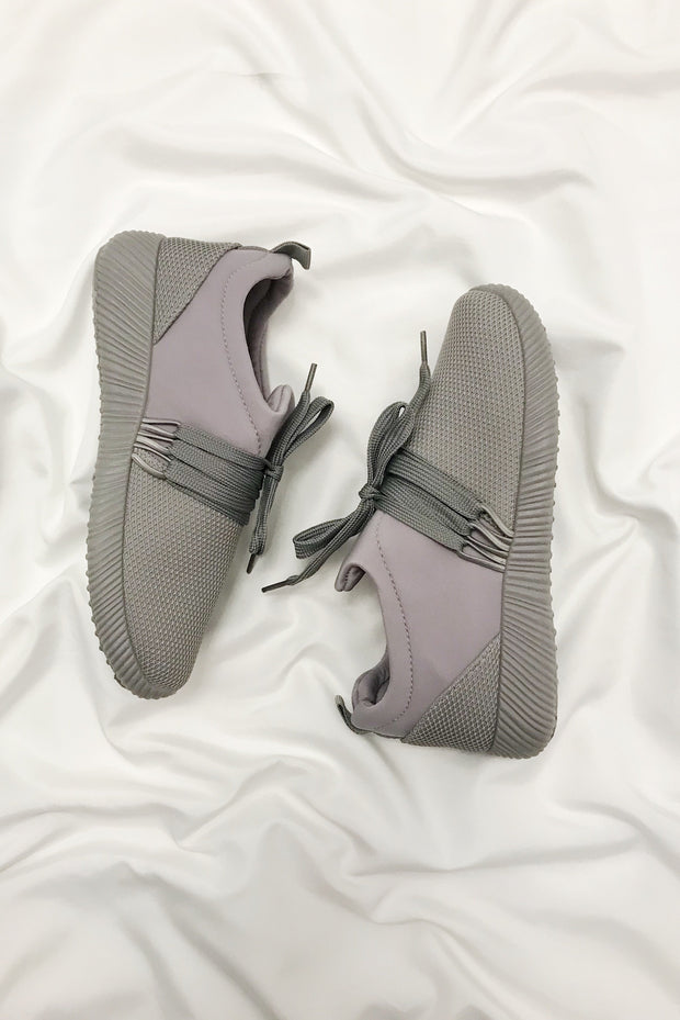 Don't Mesh With Me Sneakers Grey - Shellsea