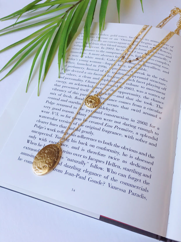 Tiered Pendant Necklace Gold