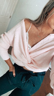 Love Me Knot Sweater Pink