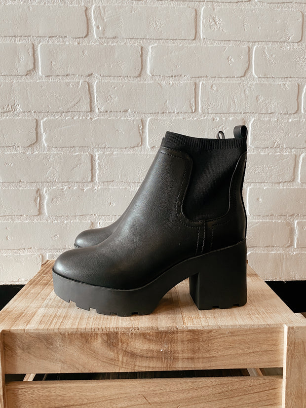 Made to Strut Boots Black