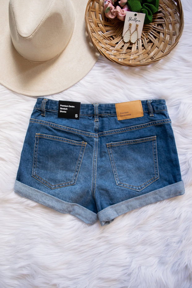 Take The Heat Cuffed Shorts Blue Denim