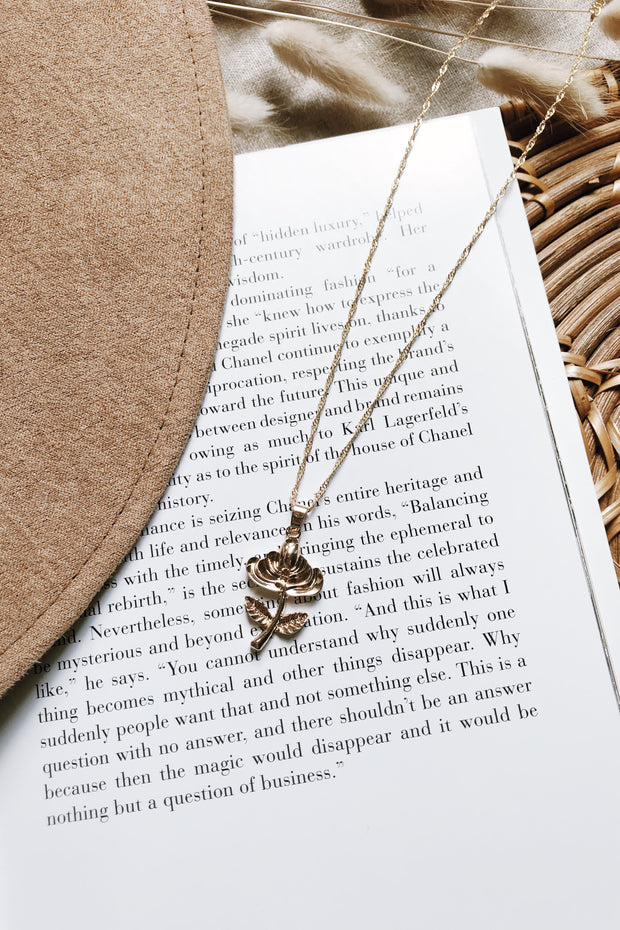 Metallic Rose Pendant Necklace