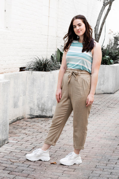 Right Idea Linen Pants Khaki