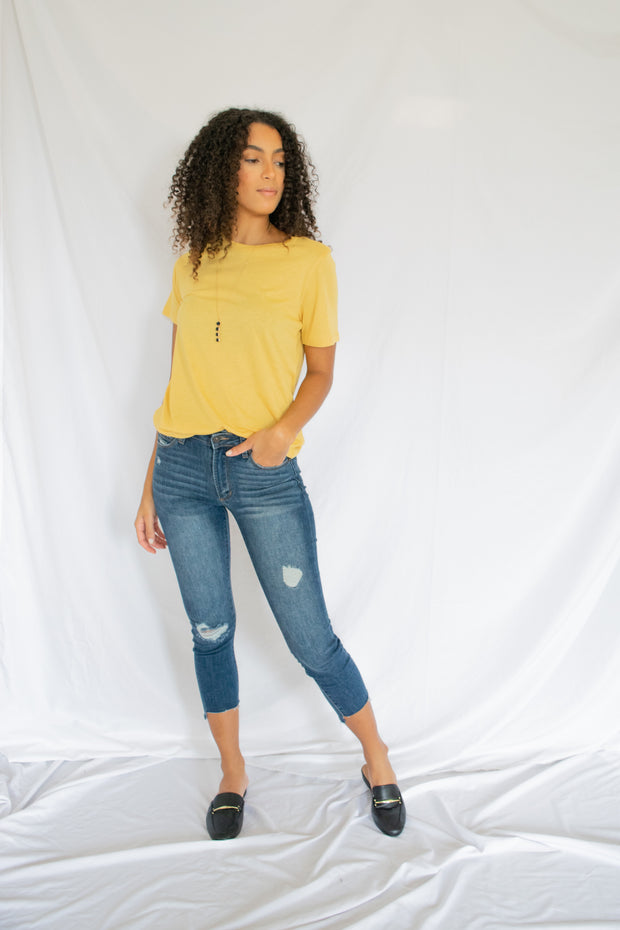 Basically Basic Tee Mustard - Shellsea