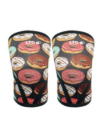 BUNDLE BOX DONUT JUDGE ME KNEE SLEEVES + WRIST WRAPS
