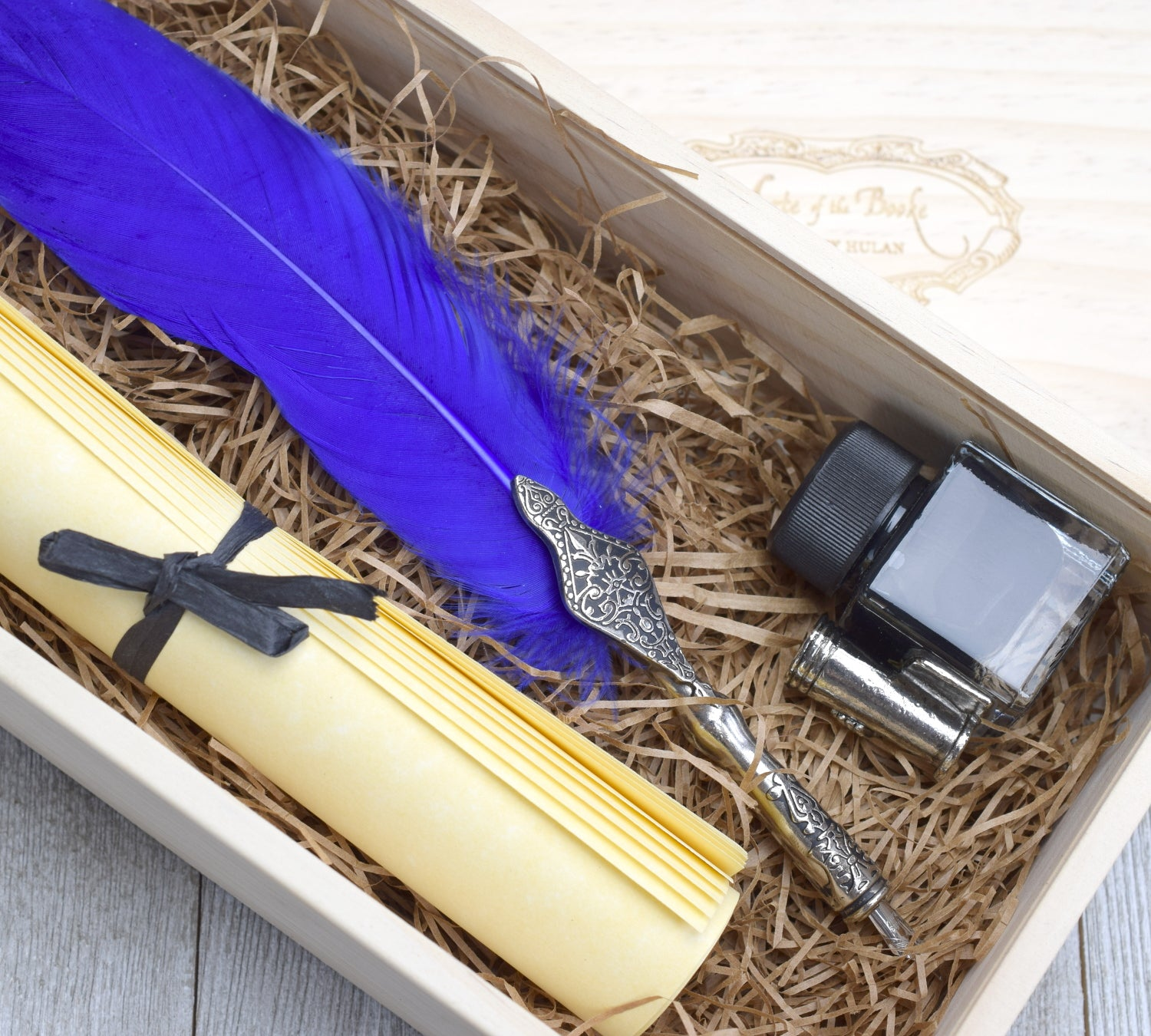 Feather Quill Gift Set with Parchment Paper, Ink, and Pen ...