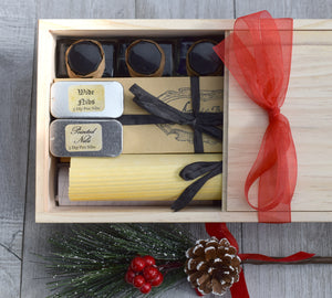 calligraphy set packaged in wood box