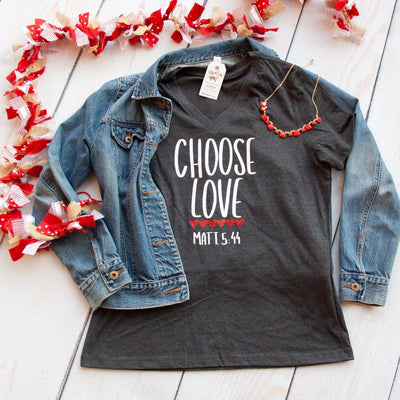 Choose Love Relaxed Ladies Vneck-ellyandgrace