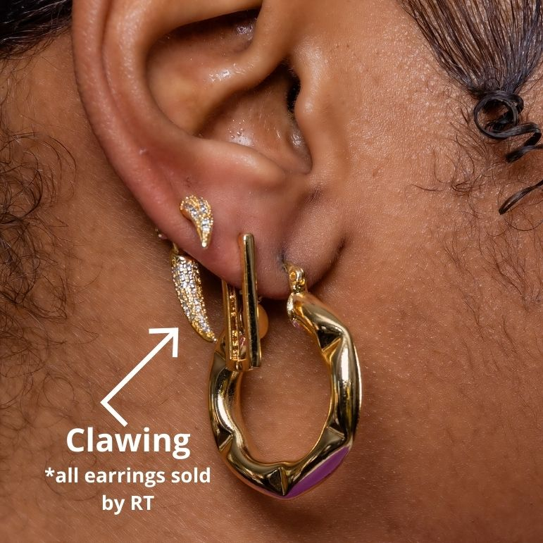 Clawing | Stud Earrings