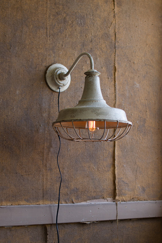 Vintage Wall Sconce With Cag