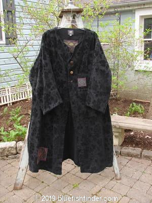 Vintage Blue Fish Clothing 2000 Upholstery Diwmach Coat Leaf and Berry Black Size 1- Bluefishfinder.com