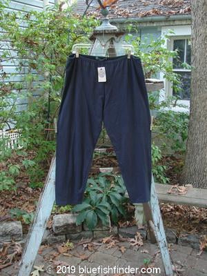 Vintage Blue Fish Clothing Barclay NWT Relaxed Crop Legging Black OSFA- Bluefishfinder.com