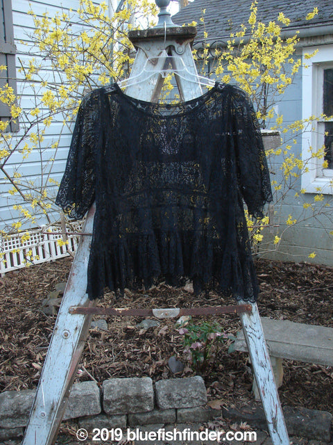 Vintage Blue Fish Clothing Magnolia Pearl Lace Peplum Top Black OS- Bluefishfinder.com