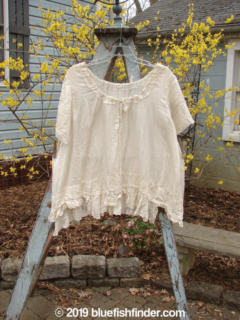 Vintage Blue Fish Clothing Magnolia Pearl Voile Tie Neck Top Creme OS- Bluefishfinder.com