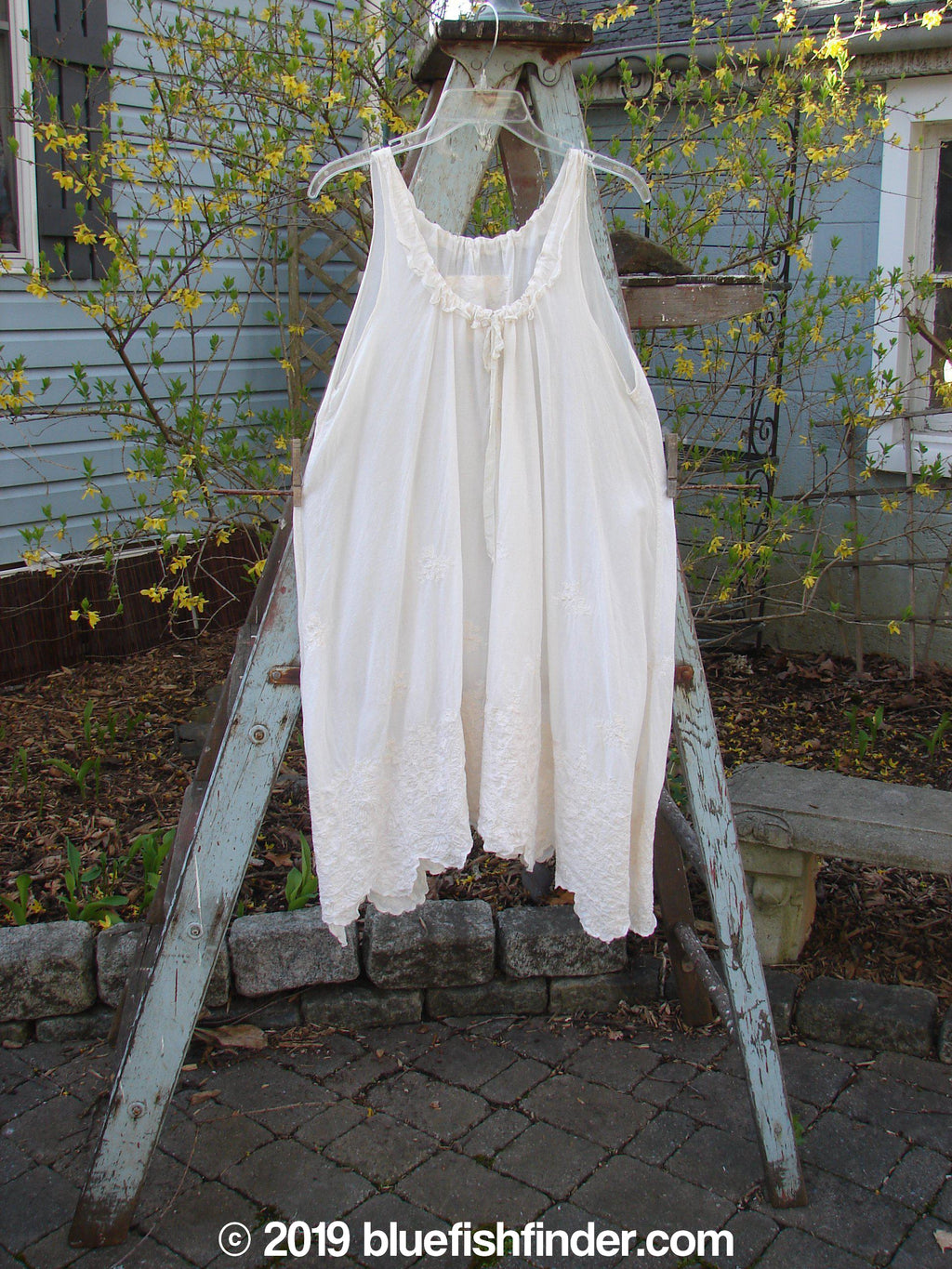Vintage Blue Fish Clothing Magnolia Pearl Voile Embroidered Slip Creme OS- Bluefishfinder.com