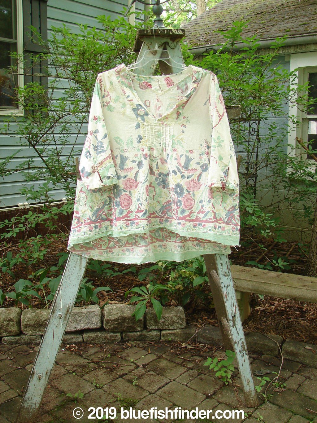 Vintage Blue Fish Clothing Magnolia Pearl Cotton Breeze Blouse Spring Florals OS- Bluefishfinder.com