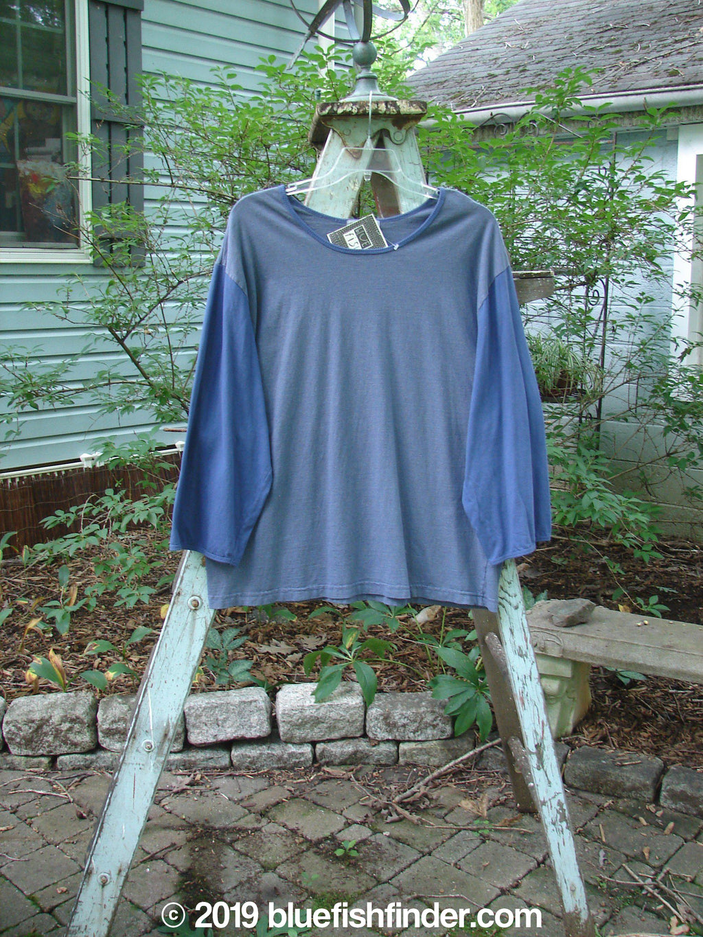 Vintage Blue Fish Clothing Barclay NWT Contrast Joy Top Azure Size 1- Bluefishfinder.com