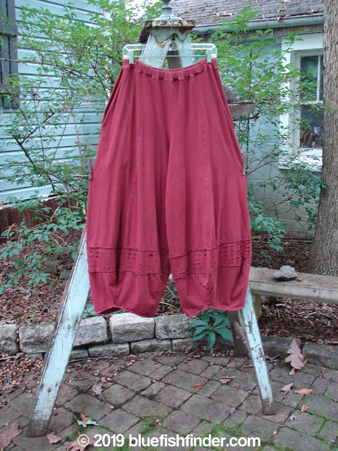 Vintage Blue Fish Clothing Barclay Crop 4 Square Window Pant Cranberry Size 0- Bluefishfinder.com