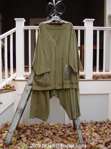 Vintage Blue Fish Clothing 1993 Resort PJ Top Drawcord Crop Pant Duo Travel Circus Olive Size 2- Bluefishfinder.com