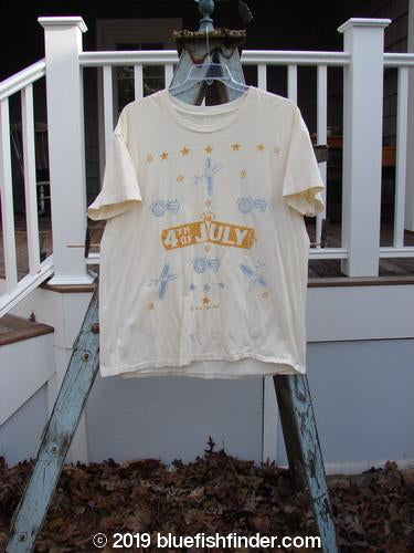 Vintage Blue Fish Clothing 1989 Short Sleeved Tee 4th of July Creme OSFA- Bluefishfinder.com