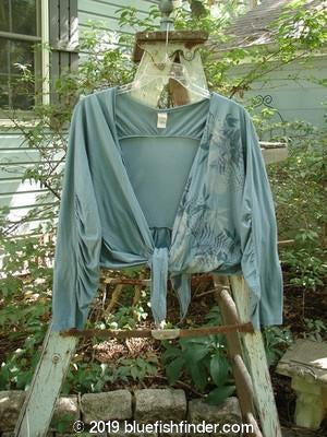 Vintage Blue Fish Clothing Barclay Rear Ruffle Long Sleeved Wrap Wild Fern Grey Storm Size 2- Bluefishfinder.com