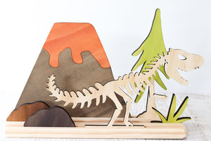 Story Scene - Dinosaur Set w/ Fossil & Stand included *gorgeous*