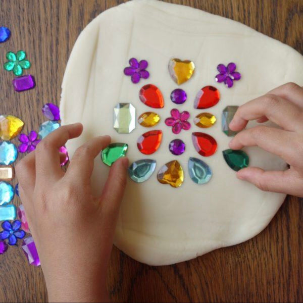 *Bright Colors Playdough Packs [with tubs]