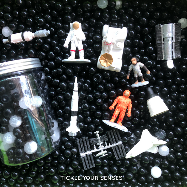 SPACE Small World Play Pack