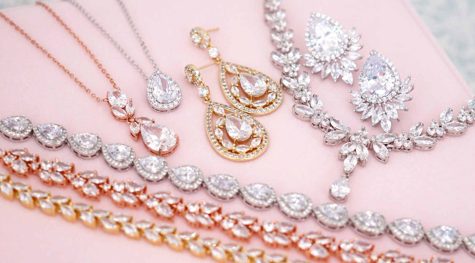 Glitz & Love | Wedding Jewelry for Brides and Bridesmaids | Bridal Shower Gifts | Timeless Elegant