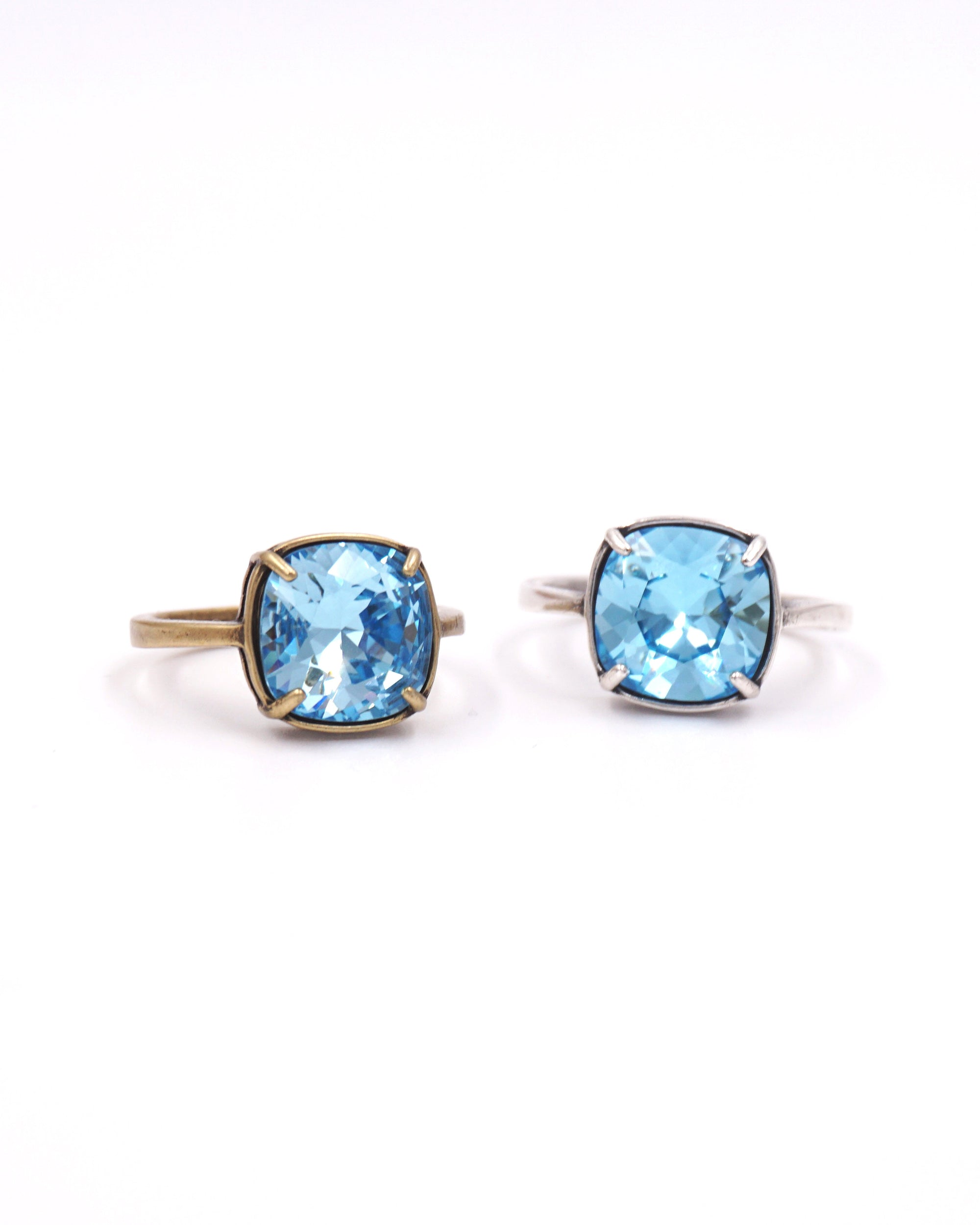 Blue Cocktail Ring | Sparkly Crystal | Fashion Jewelry | Chic & Simple