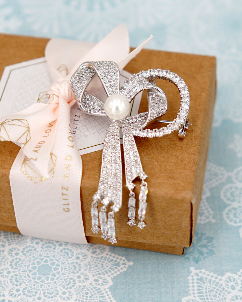 Silver Bow Knot Brooch